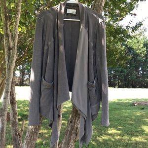 ❤️ gorgeous distressed unique lightweight jacket